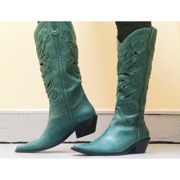 44301427ac1 Matisse Cowboy boots.